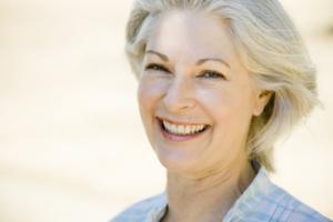 """In menopausa? I sintomi e le soluzioni per il """"grande cambiamento"""""""