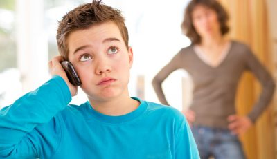 Smartphone tra genitori e figli:istruzioni per l'uso