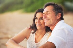coppia felice in menopausa